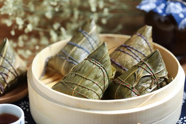 Gambas de riz au festival du bateau dragon et vins realgar