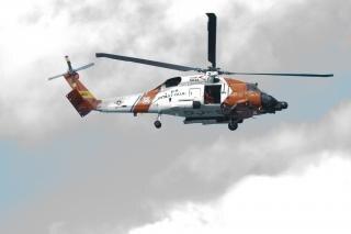 Les garde-côtes en hélicoptère