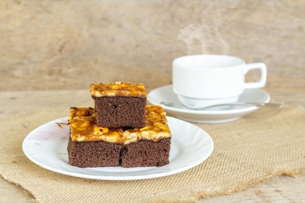 Gâteau au caramel aux noix de cajou