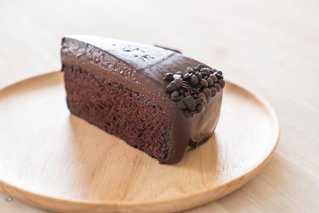 Gâteau au chocolat sur bois