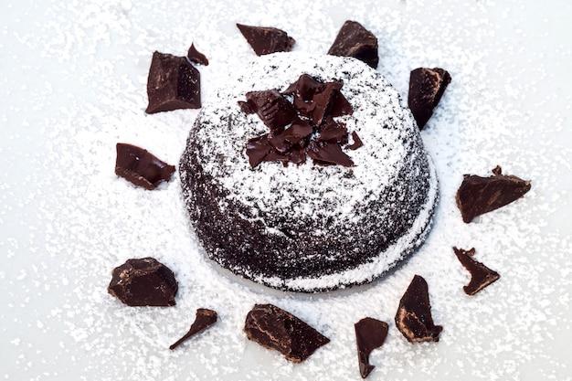 Gâteau au chocolat avec un coeur tendre