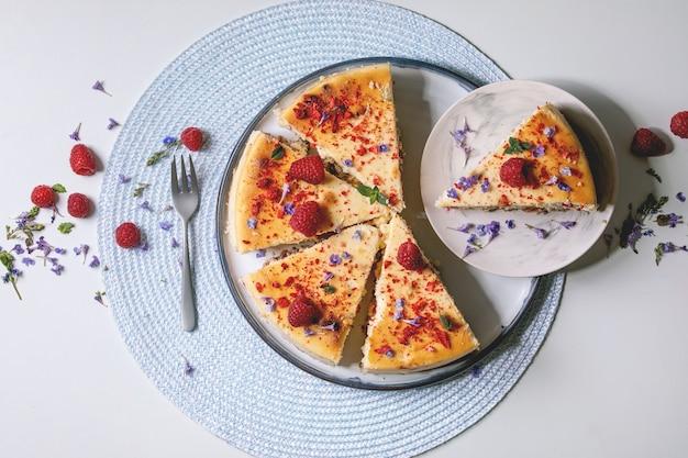Gâteau au fromage aux framboises