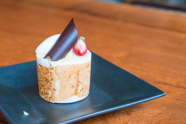 Gâteau aux mousses aux fruits de la mangue et de la passion