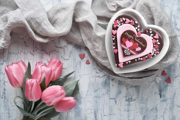 Gâteau coeur saint-valentin avec texte