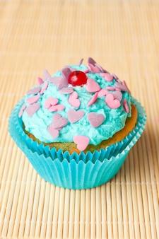 Gâteau à la crème de menthe et groseille