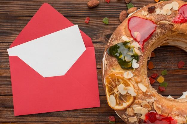 Gâteau épiphanie roscon de reyes et lettre rouge