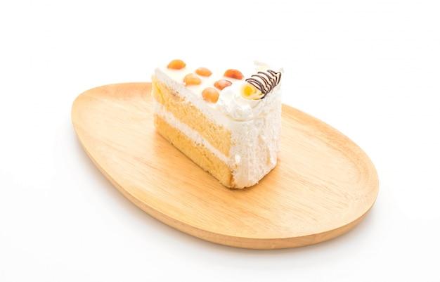 Gâteau de macadamia isolé