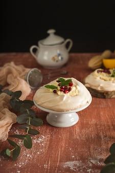 Gâteau maison à la crème fouettée
