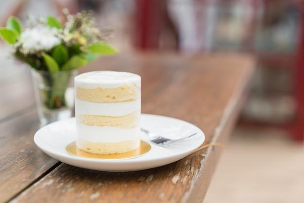 Gâteau à la noix de coco sur plaque