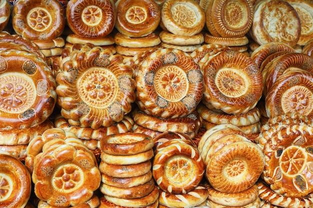 Gâteau tandyr - pain de l'asie centrale.