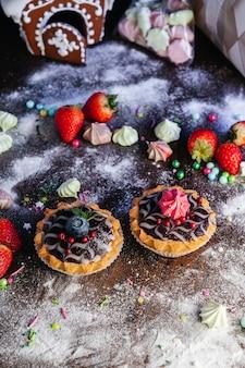 Gâteau tartelettes à la mousse et au chocolat