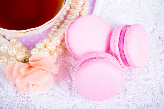 Gâteaux aux amandes roses
