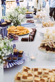 Gâteaux sur la table