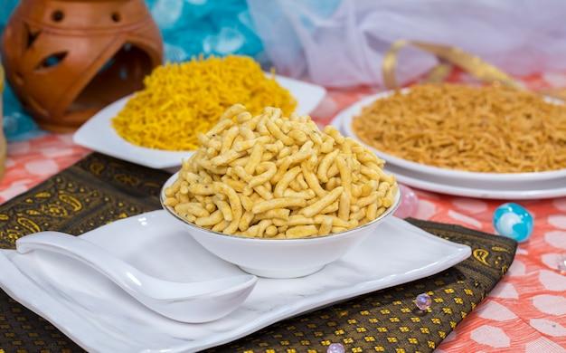 Gathiya food namkeen