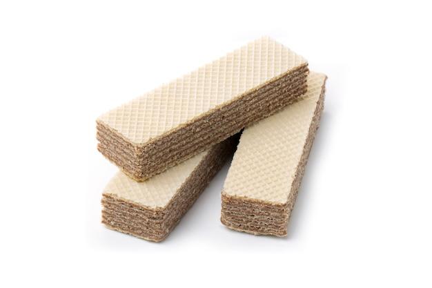 Gaufres au chocolat croquantes, isolés sur fond blanc