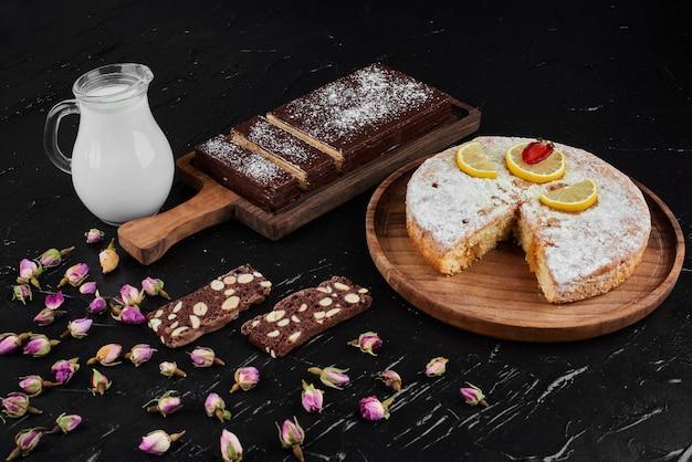 Gaufres au chocolat avec tarte au citron.