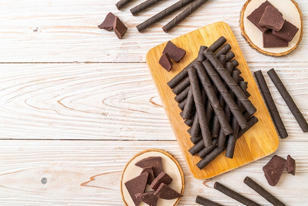 Gaufrettes au chocolat bâton rouleau