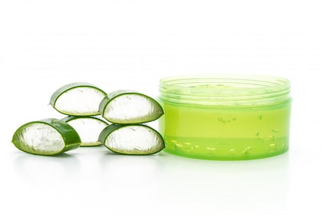 Gel d'aloe vera avec tranches d'aloès