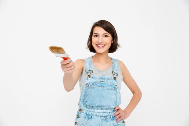 Générateur de femme confiante avec pinceau