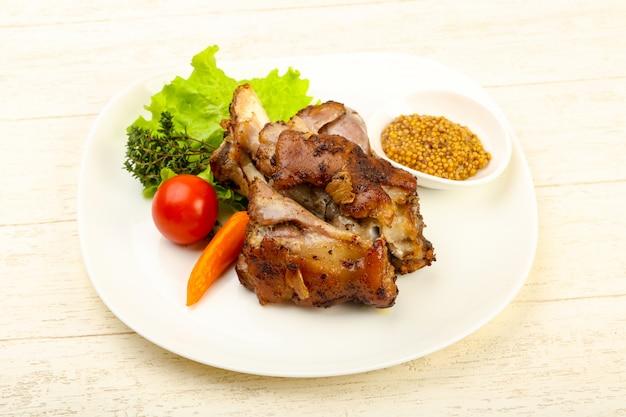 Genou de porc rôti