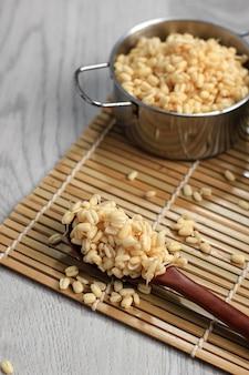 Germe de haricot court pour rawon à base de haricot mungo. généralement appelé toge ou tauge