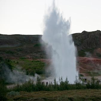 Geyser explosant