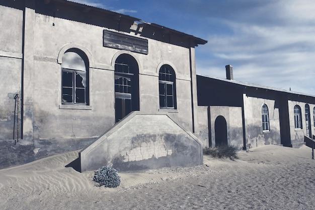 Ghost town - kolmanskop - la ville fantôme la plus populaire de namibie