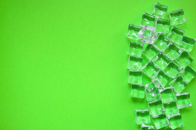 Glace artificielle morceaux de plastique acrylique transparent