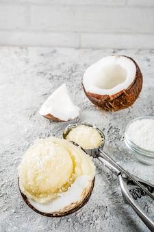 Glace bio à la noix de coco