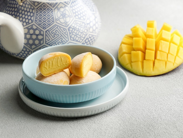 Glace mochi à la mangue, bonbons traditionnels japonais à la montée