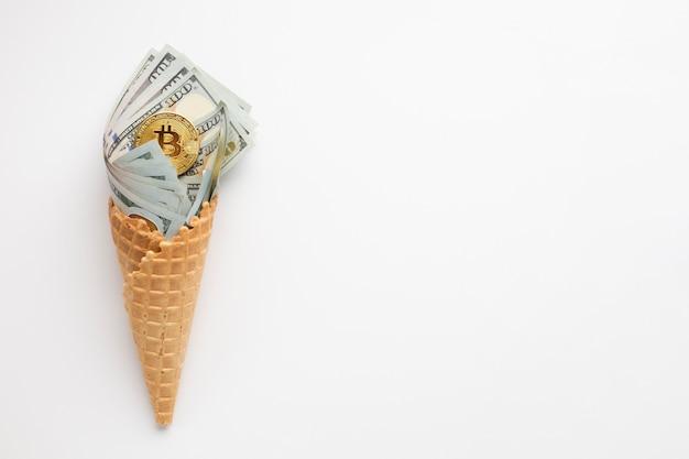 Glace de la monnaie avec copie-espace