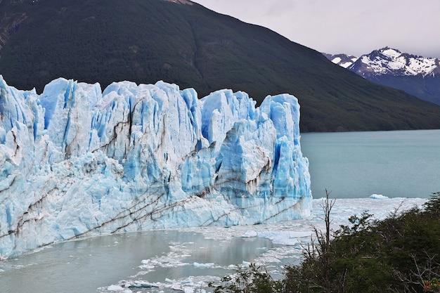Glacier perito moreno près d'el calafate, patagonie, argentine