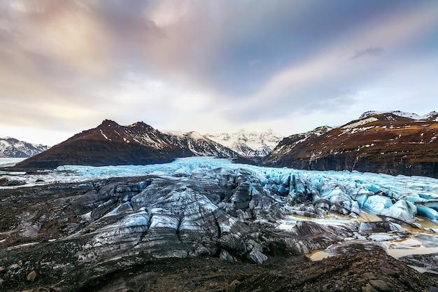 Glacier de skaftafell, parc national de vatnajokull en islande.
