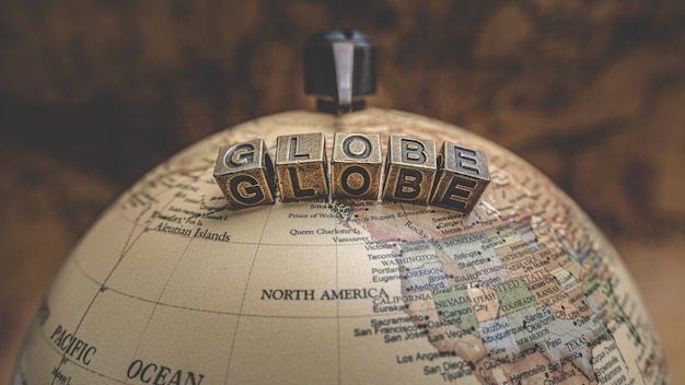 Globe terrestre ancien modèle