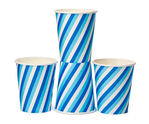 Gobelets en carton décorés avec motif de lignes bleues sur fond blanc