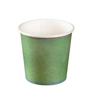 Gobelets jetables en papier vert isolés
