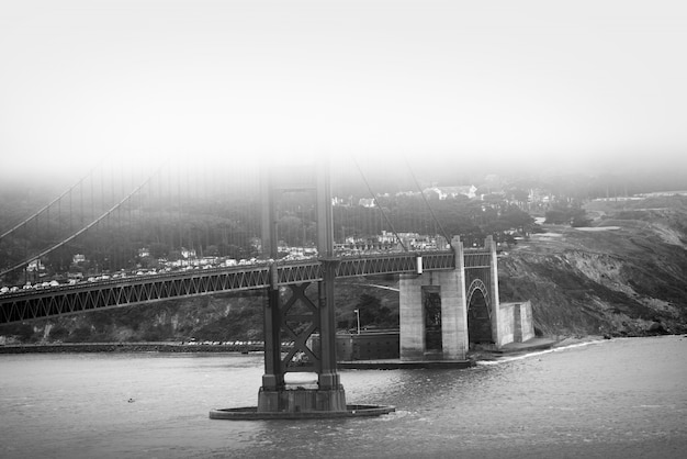 Golden gate bridge bw