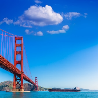 Golden gate bridge san francisco de presidio en californie
