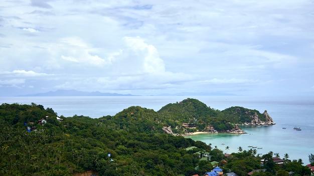 Golfe de thaïlande près de l'île de koh phangan en asie du sud-est.