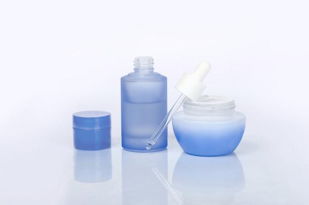 Gouttes anti-pollution et crème de soin quotidienne