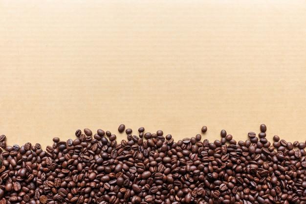 Grain de café sur papier