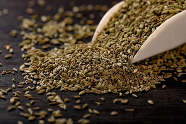 Graines de fenouil en cuillère