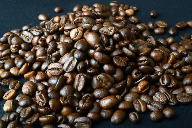 Grains de café sur fond
