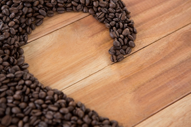 Grains de café formant la forme