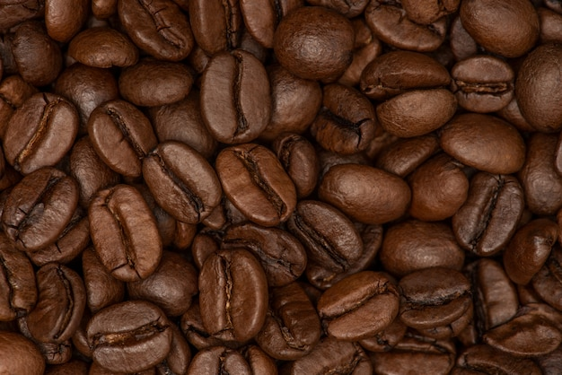 Grains de café. grains de café torréfiés frais