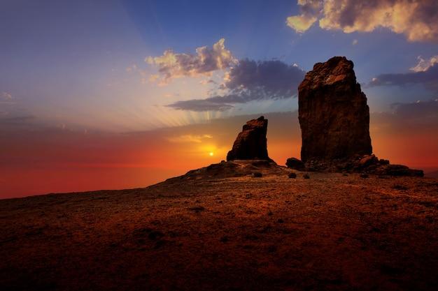 Gran canaria roque nublo ciel coucher de soleil dramatique