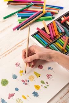 Grand plan, de, différent, coloré, fleurs, nature, conception, peint, à, brosse, et, aquarelles, sur, papier