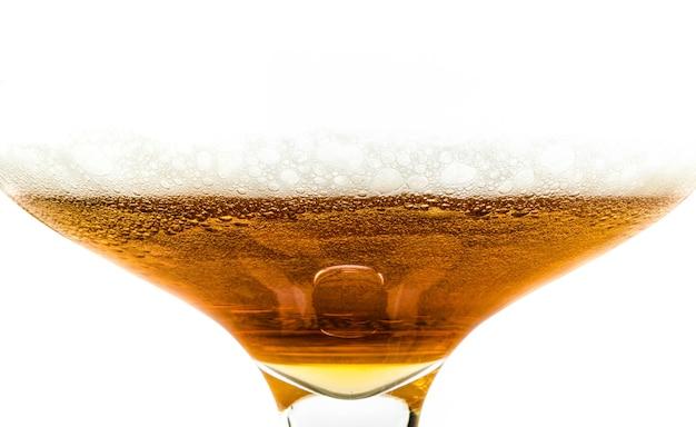 Un grand verre de bière