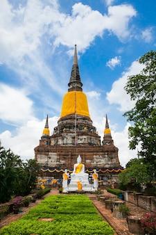 Grande image, de, bouddha, dans, ayutthaya, ancienne ville, thaïlande