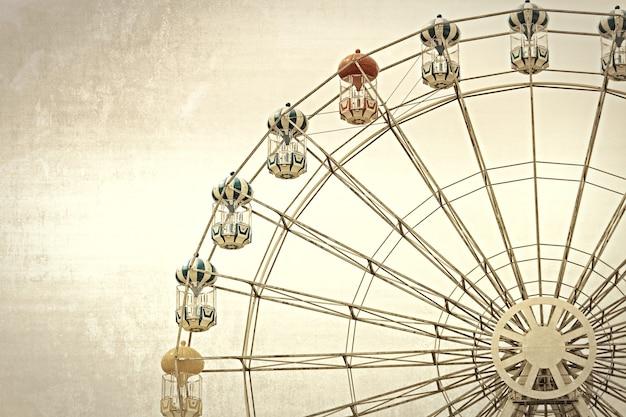 Grande roue traitée à l'ancienne